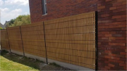 cloture en panneaux rigides avec plaques de soubassement en beton et occultant brise vue en pvc a seclin(59) nord